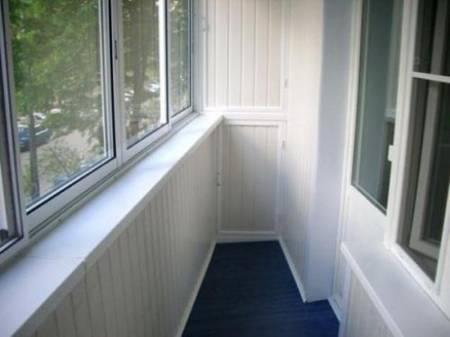 обшивка балкона пластиком в Запорожье